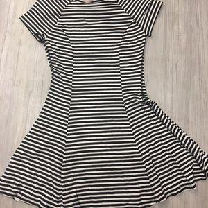 Flowy Striped Casual Dress